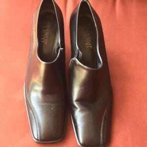Black Franco Sarto thick women's dress shoes